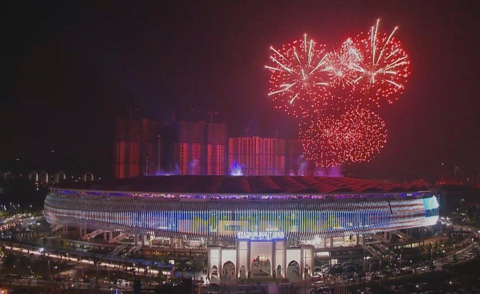 Lễ bế mạc SEA Games 29: Tạm biệt Malaysia, hẹn gặp lại tại Philippines 2019 - Bóng Đá