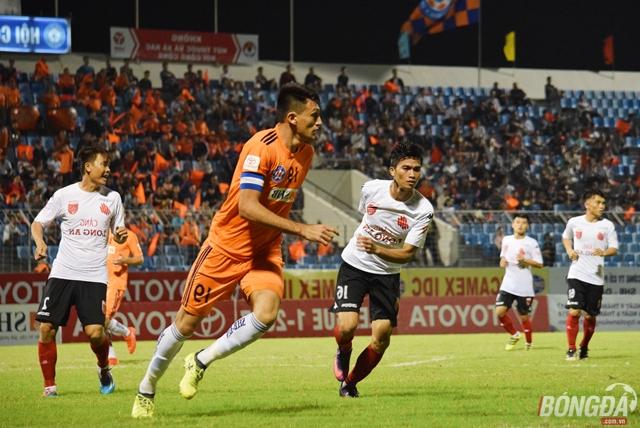 Thắng trận, Huỳnh Đức lại mơ về Top 3 - Bóng Đá