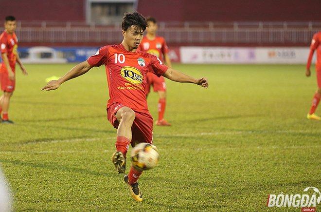 Điểm tin bóng đá Việt Nam tối 3/11: FLC Thanh Hóa vấp ngã, Quảng Nam mừng thầm - Bóng Đá