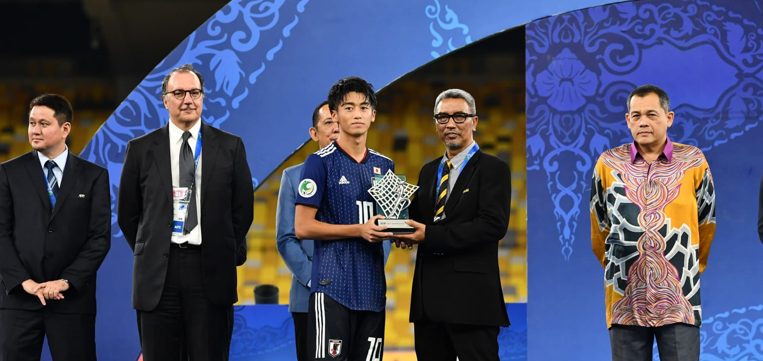Nhật Bản lần thứ ba vô địch U16 châu Á sau thắng lợi tối thiểu trước Tajikistan - Bóng Đá