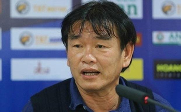 HLV Phan Thanh Hùng khẳng định mục tiêu của Than Quảng Ninh trong mùa giải là Top 3. Ảnh: Internet.