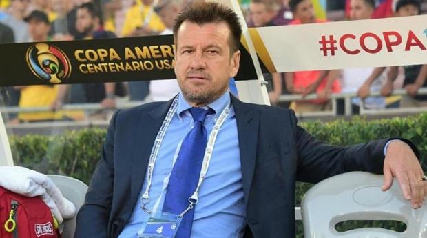 HLV Dunga bế tắc trong việc tìm người thay thế Neymar. Ảnh: Internet.