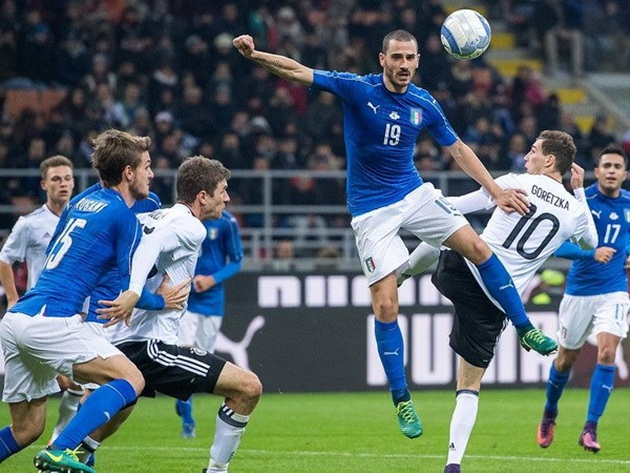 """Joachim Loew đánh giá trận cầu với Italy là """"Một trận chiến dữ dội"""""""