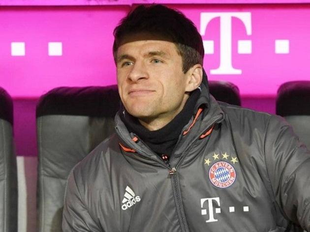 Không có vị trí chính trong sơ đồ của Ancelotti, Muller sẽ ra đi?