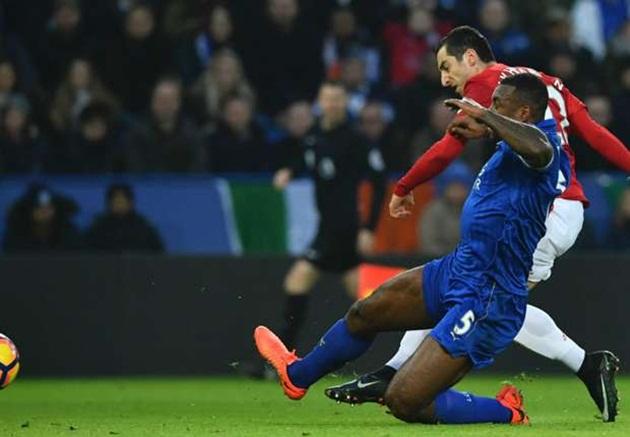 4-2-3-1 của Mourinho biến ảo như thế nào?