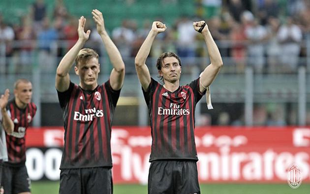 """AC Milan: Hãy chiến đấu vì """"nỗi nhớ"""" của Milanista"""