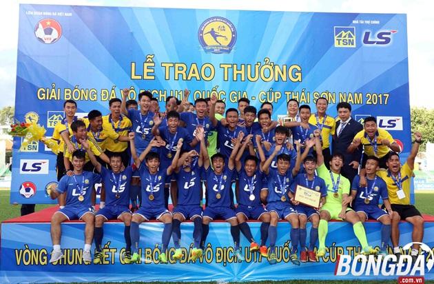 Hạ U17 Vietel, U17 PVF lên ngôi vô địch - Bóng Đá