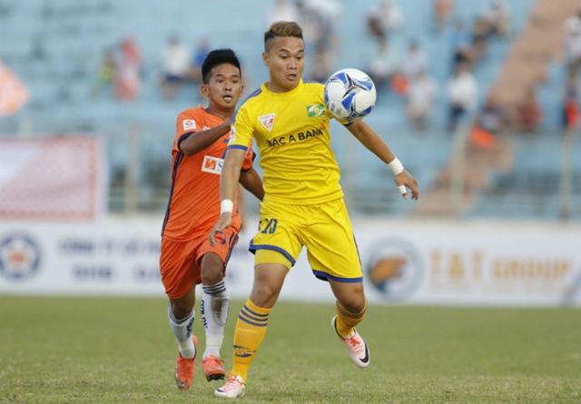 Hoãn 2 trận đấu sớm vòng 18 V-League vì bão số 10 - Bóng Đá