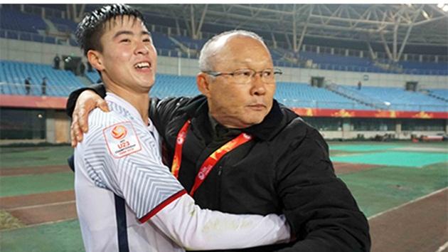 Duy Mạnh nói gì sau khi cùng U23 Việt Nam đoạt vé vào Tứ kết? - Bóng Đá