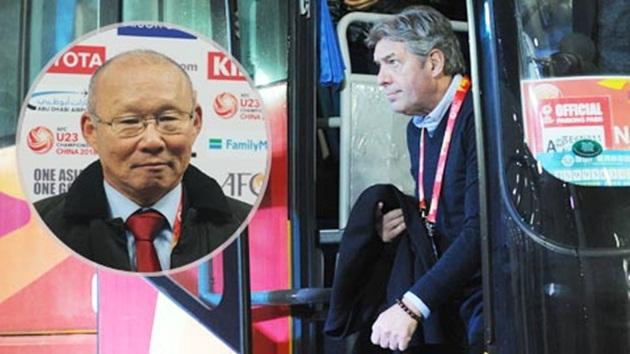 GĐKT Jurgen Gede và HLV Park Hang-seo phối hợp ăn ý ở U23 Việt Nam - Bóng Đá