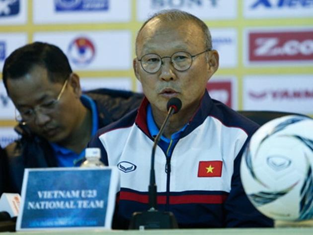 HLV Park Hang Seo đánh giá cao vai trò của các trợ lý - Bóng Đá