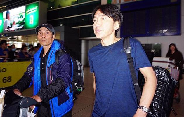 HLV Toshiya Miura cắt ngắn kỳ nghỉ tết vì mục tiêu cao tại V.League - Bóng Đá