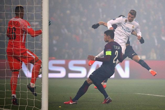 Tháp Eiffel chỉ có một, và Ronaldo cũng là duy nhất - Bóng Đá