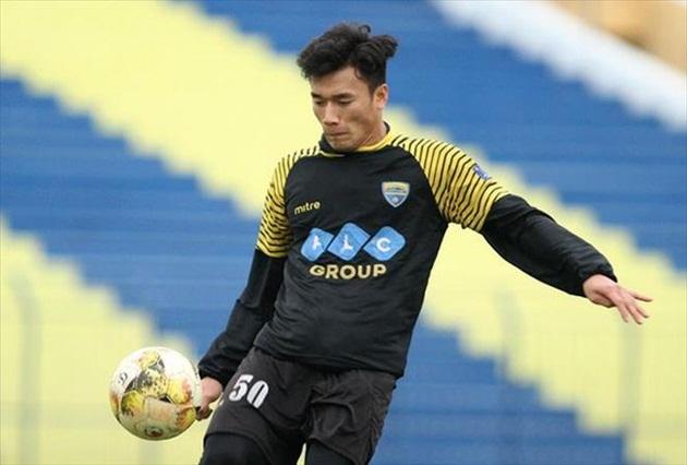 Thủ môn Tiến Dũng được HLV Bali United khen ngợi - Bóng Đá