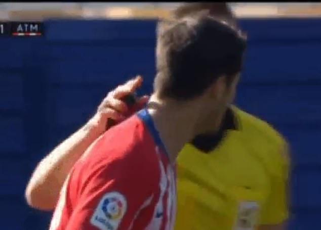 Morata đòi uýnh trọng tài - Bóng Đá
