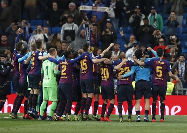Dù không được nhận Cúp, Barca vẫn ăn mừng chiến thắng - Bóng Đá