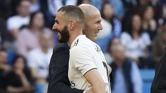 Benzema nói về việc không được lên tuyển Pháp - Bóng Đá