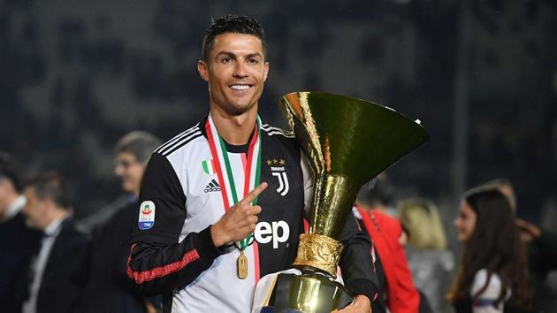 Ronaldo xứng đáng với QBV hơn Messi - Bóng Đá