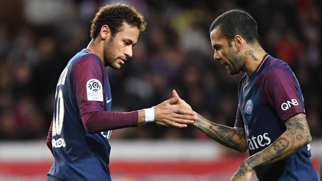 Alves nói về Neymar - Bóng Đá