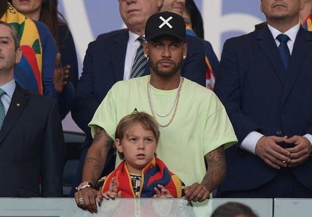 Không tập trung cùng PSG, Neymar mất 375.000 euro - Bóng Đá