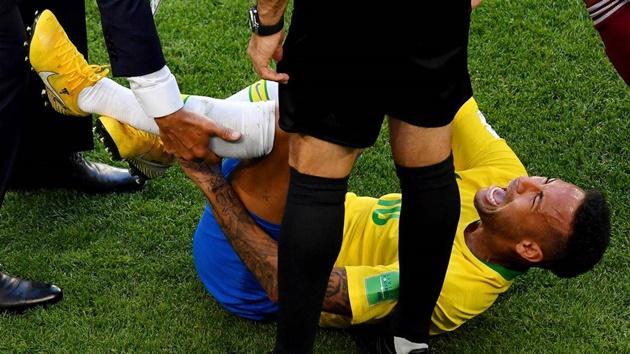 Chấn thương ngón chân của Neymar vẫn chưa hoàn toàn bình phục - Bóng Đá