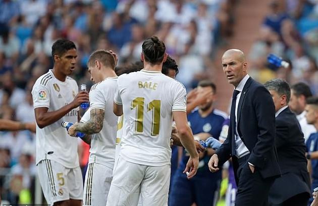 Zidane phẫn nộ khi Real thua phút 88 - Bóng Đá
