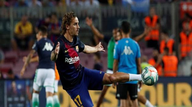 CĐV Barca giận dữ khi nghe tin Griezmann thường xuyên chơi game - Bóng Đá