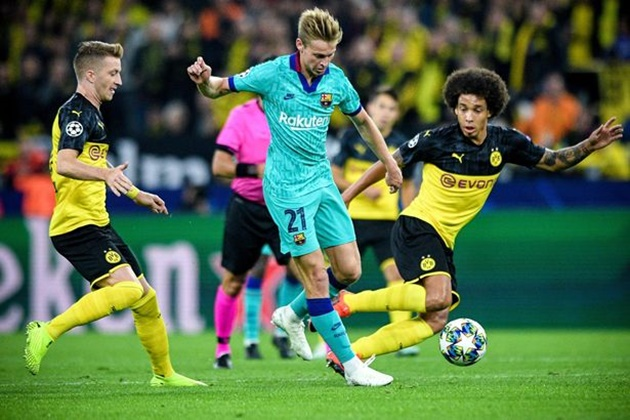 Xavi full of praise for De Jong - Bóng Đá