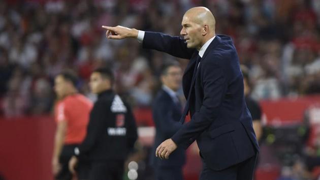 Đây, phản ứng của Zidane khi được trò cưng