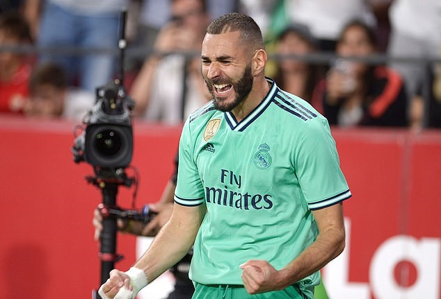 Karim Benzema equals Lionel Messi record for most goals in 2019 - Bóng Đá