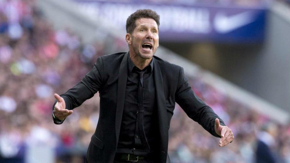Simeone: Lucas' departure was more painful than Griezmann's - Bóng Đá