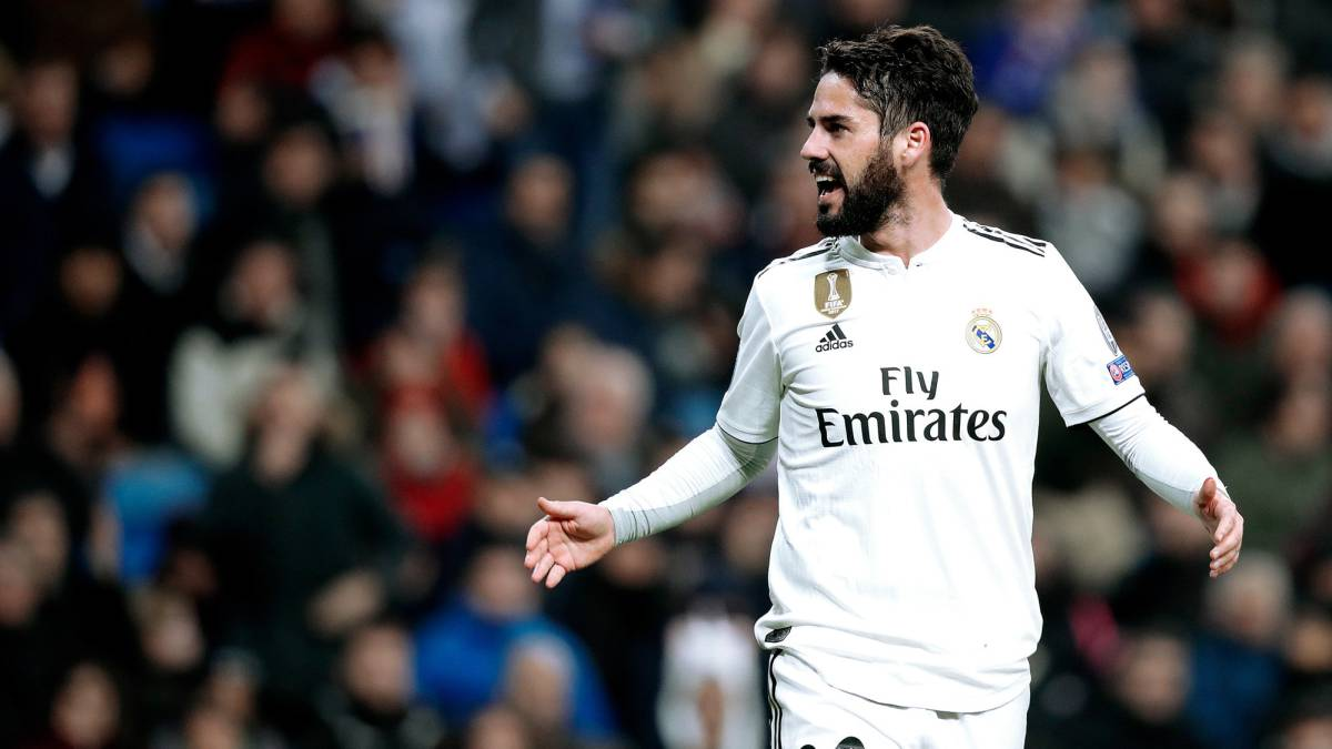 Zinedine Zidane is happy for Real Madrid to accept a €40M bid for midfielder Isco that was submitted by Italian giants AC Milan. - Bóng Đá