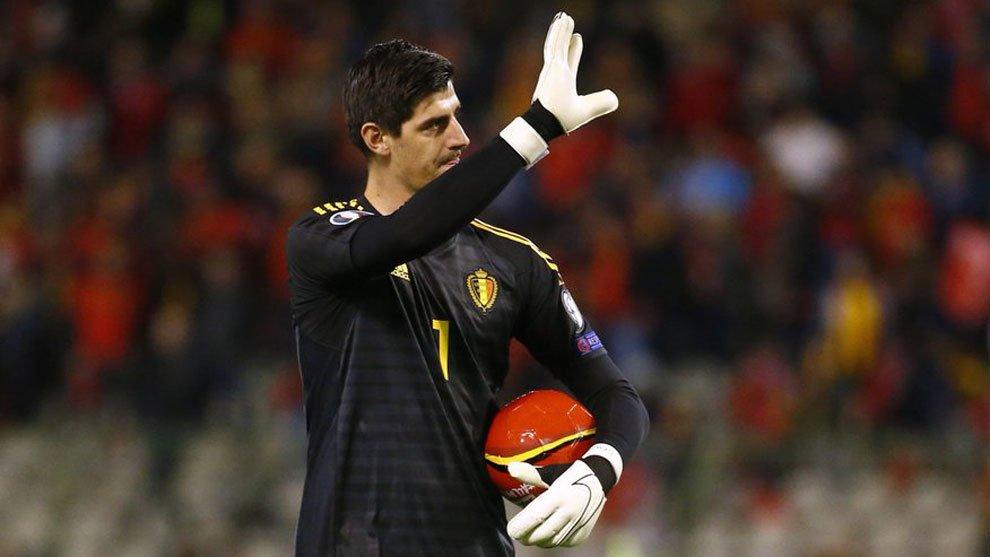Real Madrid goalkeeper Thibaut Courtois earns 200th clean sheet - Bóng Đá
