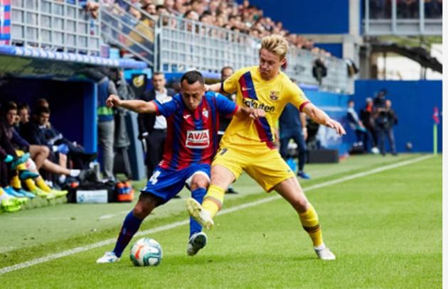 Barcelona fans drooling over Frenkie de Jong on Twitter - Bóng Đá