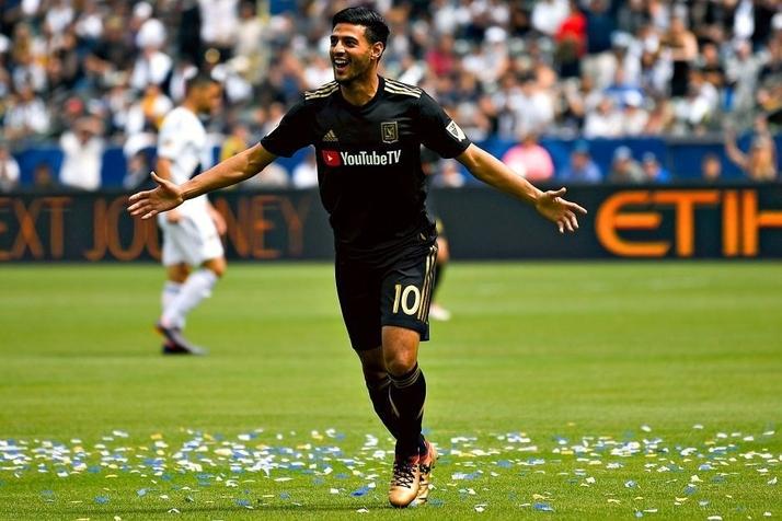 Carlos Vela muốn đến Barca - Bóng Đá