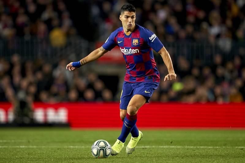 Luis Suarez Says It 'Would Not Be Strange' If Barcelona Signed Another Striker - Bóng Đá