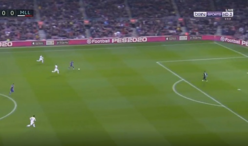 Video: Incredible pass from ter Stegen allows Griezmann to dink Barcelona in front - Bóng Đá