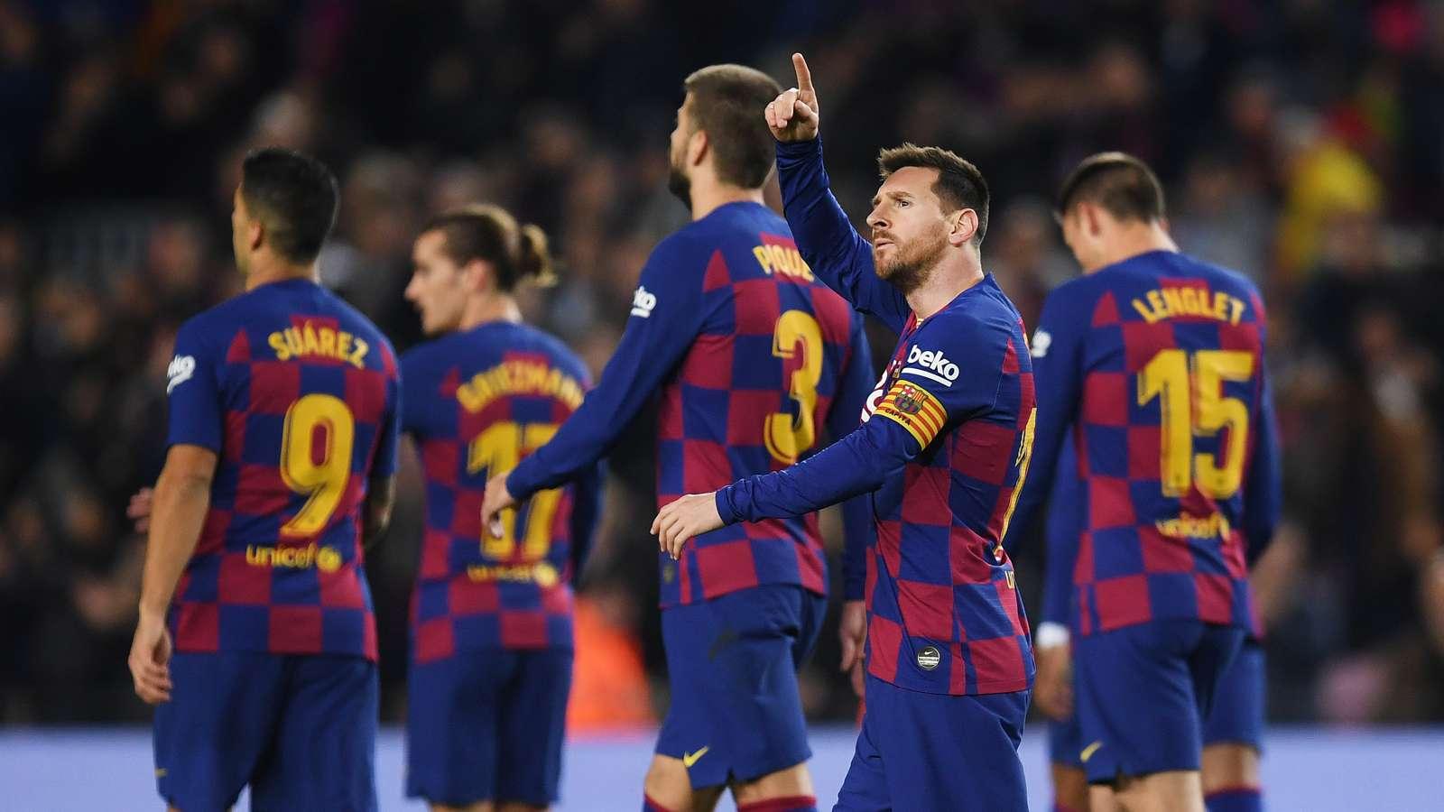 Messi surpasses Ronaldo as Barca star breaks more La Liga records - Bóng Đá