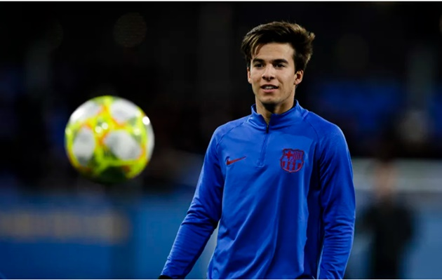 FILED UNDER: BARCELONA TEAM NEWS Quique Setien could call up Riqui Puig for Barcelona's clash with Granada - report - Bóng Đá
