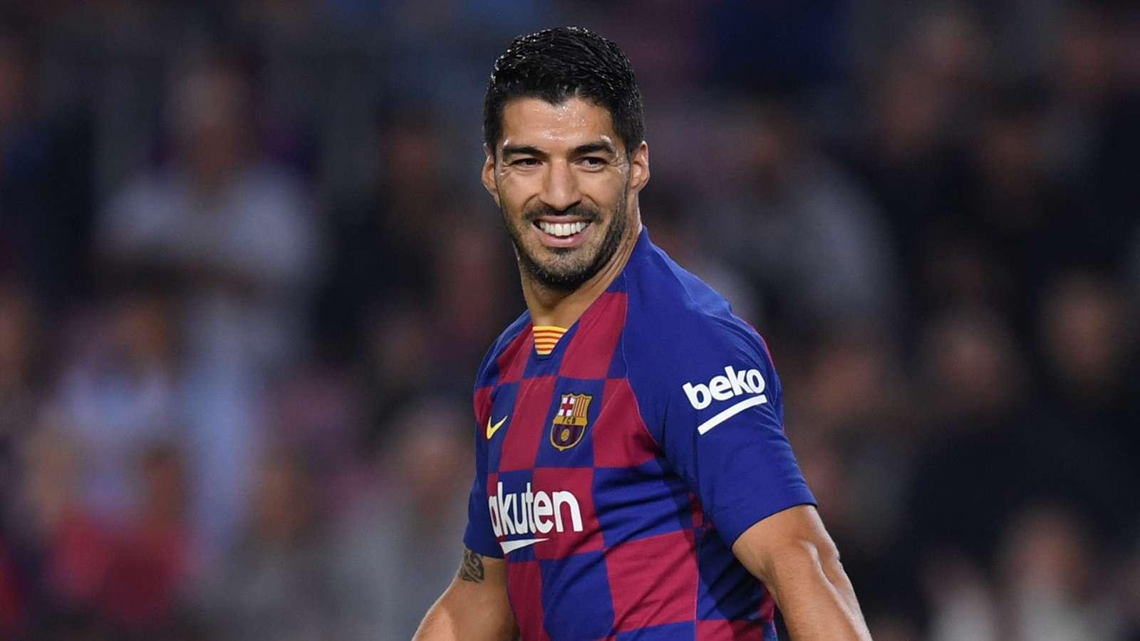 Messi urges Barcelona to sign Man City star Aguero - Bóng Đá