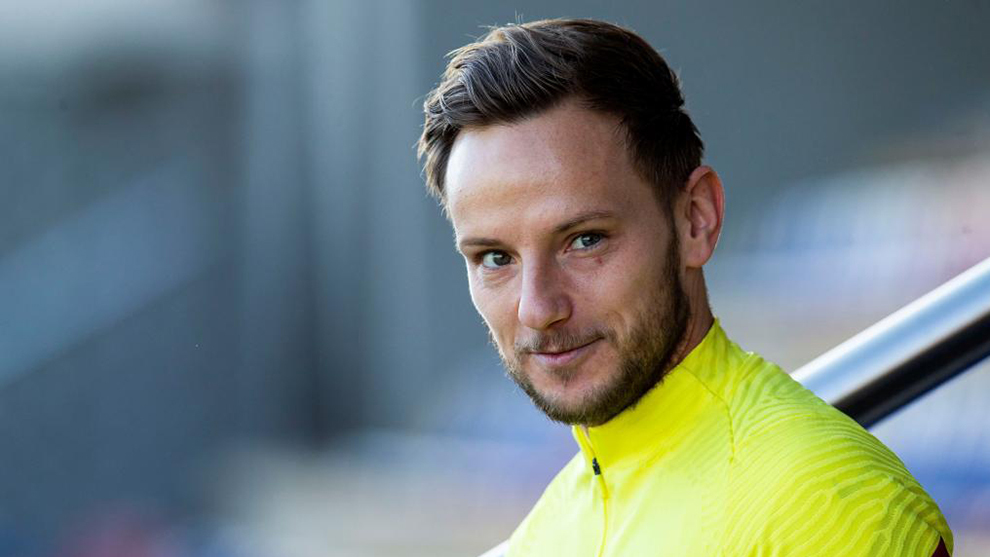 Rakitic: Of course I'd like to play with Cristiano Ronaldo - Bóng Đá