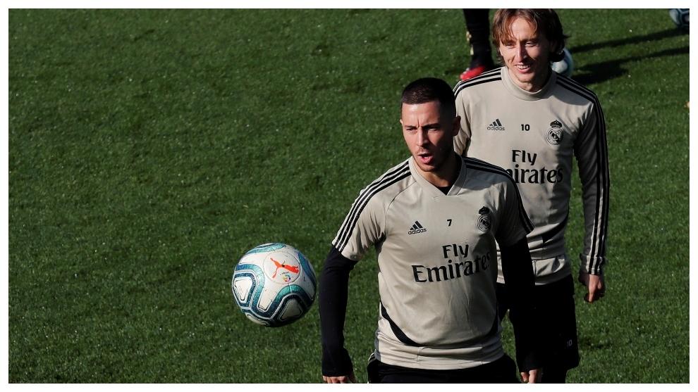 Hazard finally returns after 81 days out through injury - Bóng Đá