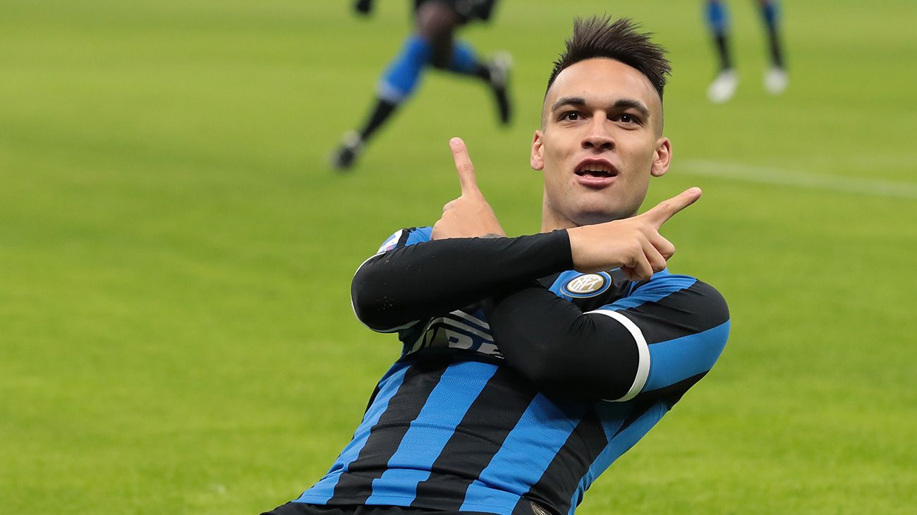 Barca-linked Lautaro Martinez only interested in playing for Inter - Marotta - Bóng Đá