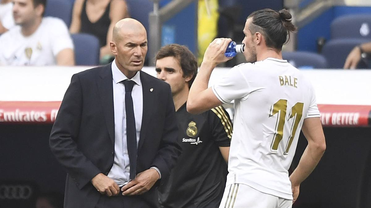 Real Madrid's season in danger of falling apart just before Champions League and Clasico - Bóng Đá