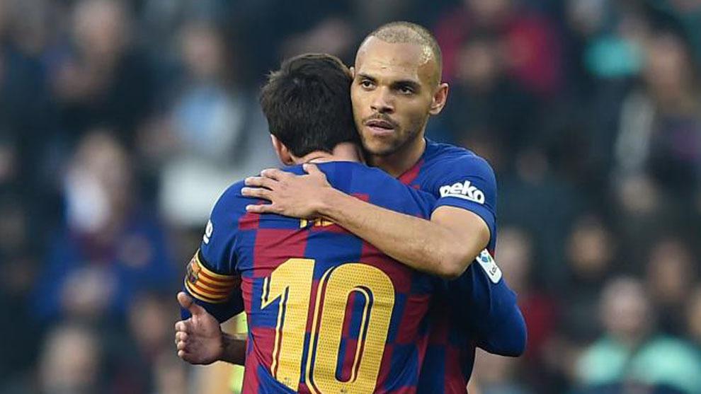 Braithwaite says he won't wash the shirt he hugged Messi in - Bóng Đá