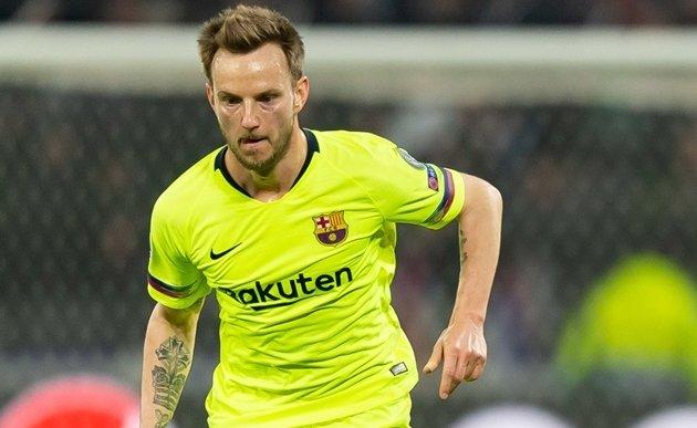 Barca to demand at least €20m for Rakitic - Bóng Đá