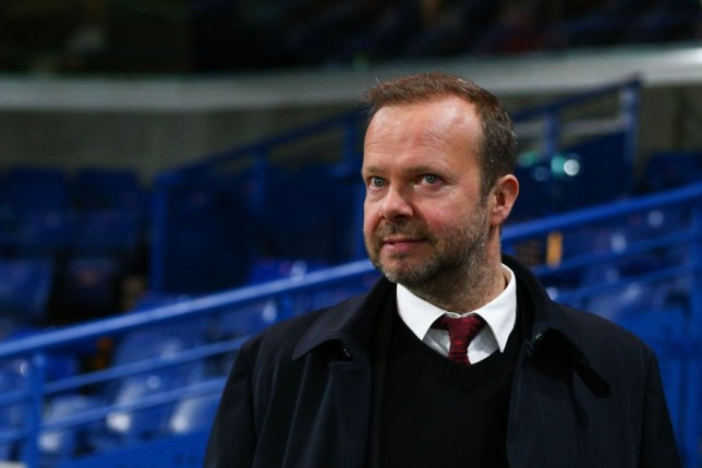 Man Utd chief Ed Woodward could sign four free agents to save millions in transfer window - Bóng Đá