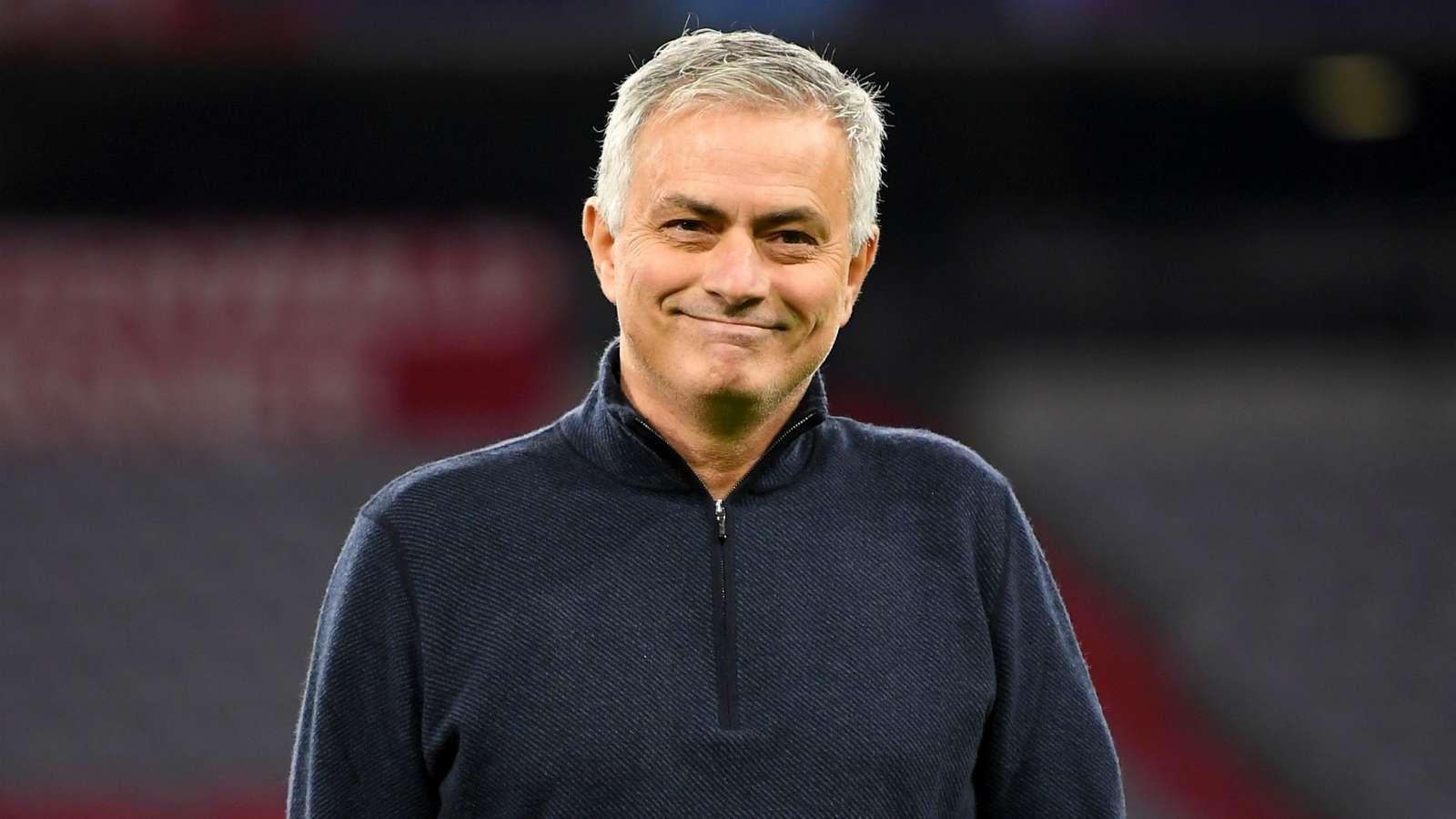 Tottenham Hotspur: Fans make transfer demand to sign Edinson Cavani - Bóng Đá