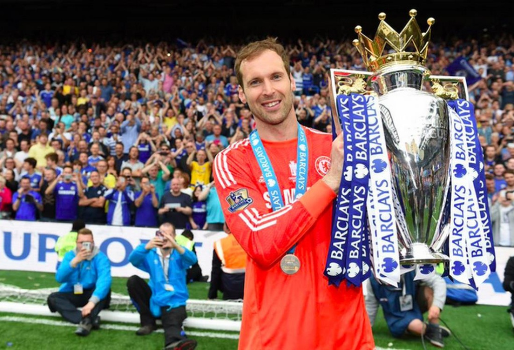 Đội hình xuất sắc nhất do Mourinho bình chọn - Bóng Đá