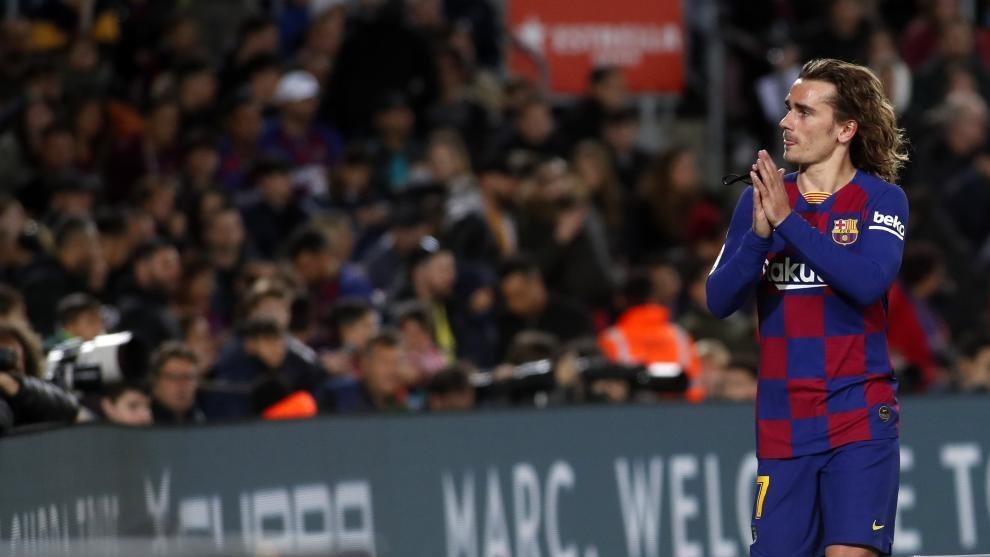 Barcelona 'not considering Antoine Griezmann exit' - Bóng Đá